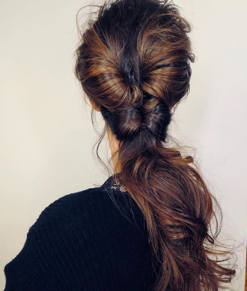 loose twisted ponytail