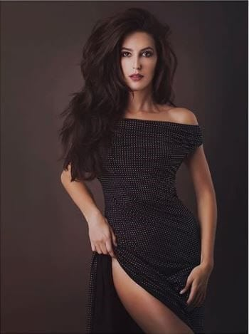 Isabelle Kaif Hairstyles