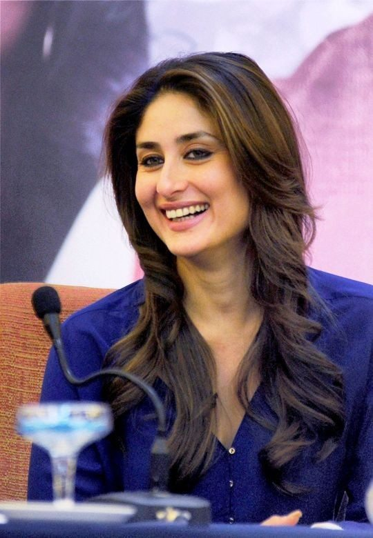 kareena kapoor loose waves