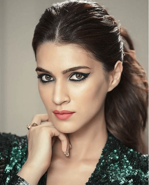 kriti sanon curly ponytail hairstyles