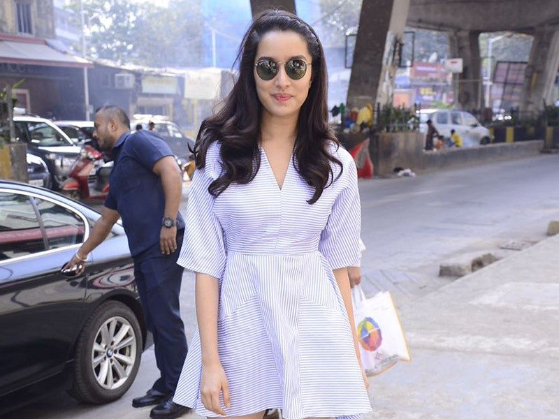 shraddha-Casual Look