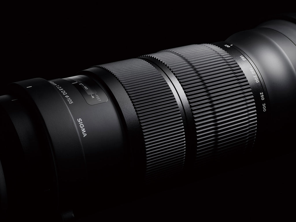 Sigma 120-300mm F2.8 EX DG OS Sports Lens