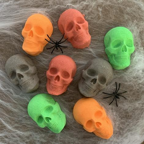 Skull Bath Bomb (slightly cosmetically damaged-price reduced)
