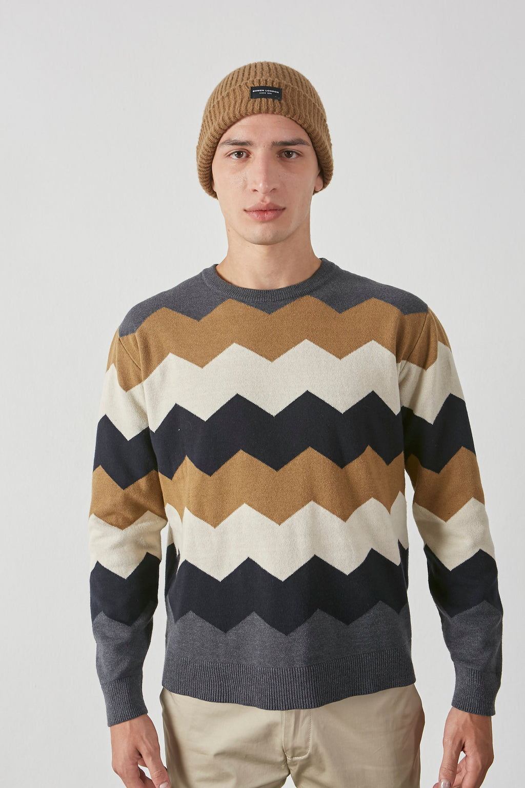 Sweater Geometric