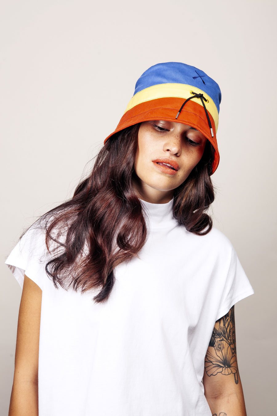 BUCKET HAT MULTICOLOR