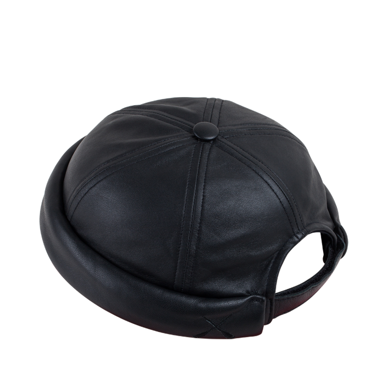 MIKI DOCKER BEANIE BLACK WAXY LEATHER