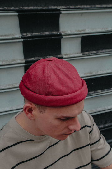 MIKI DOCKER BEANIE RED DENIM
