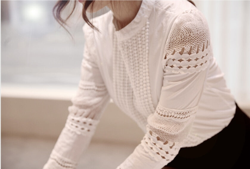 Long-Sleeved White Shirt Lace Hook Flower Hollow Plus
