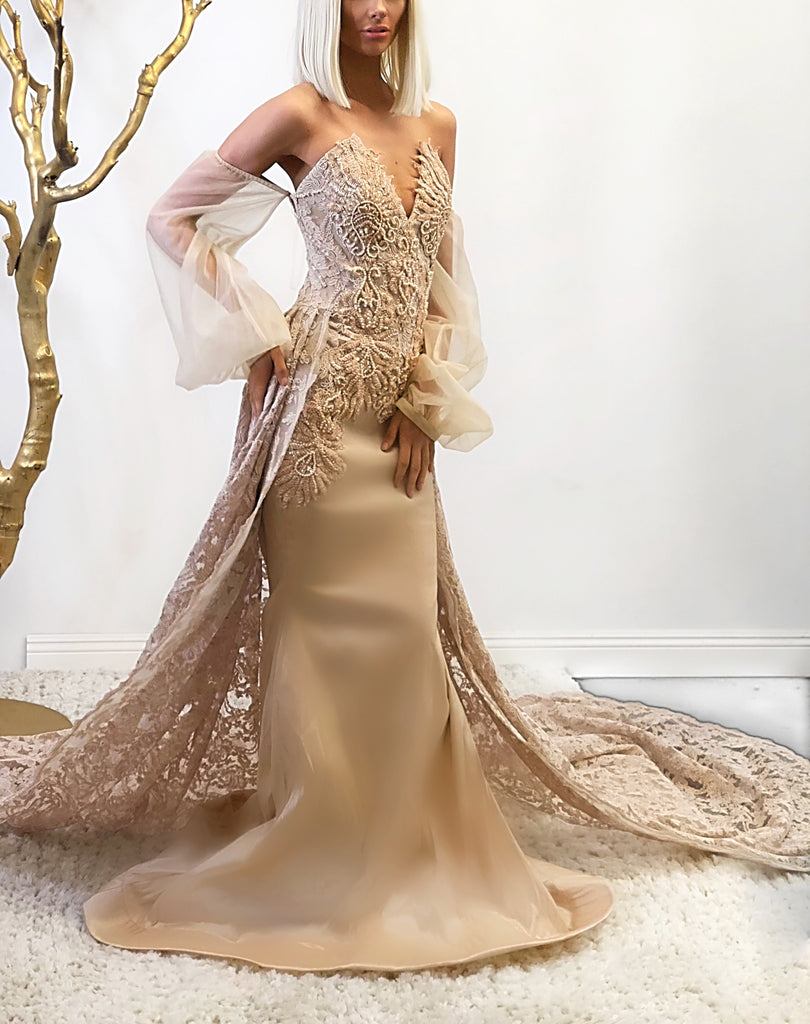 Risen - Stello - Gowns - Designer - Dress - Wedding dress - Stephanie Costello - Michael Costello -