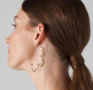 Fashion Leaf Wave Twisted  Female Earrings