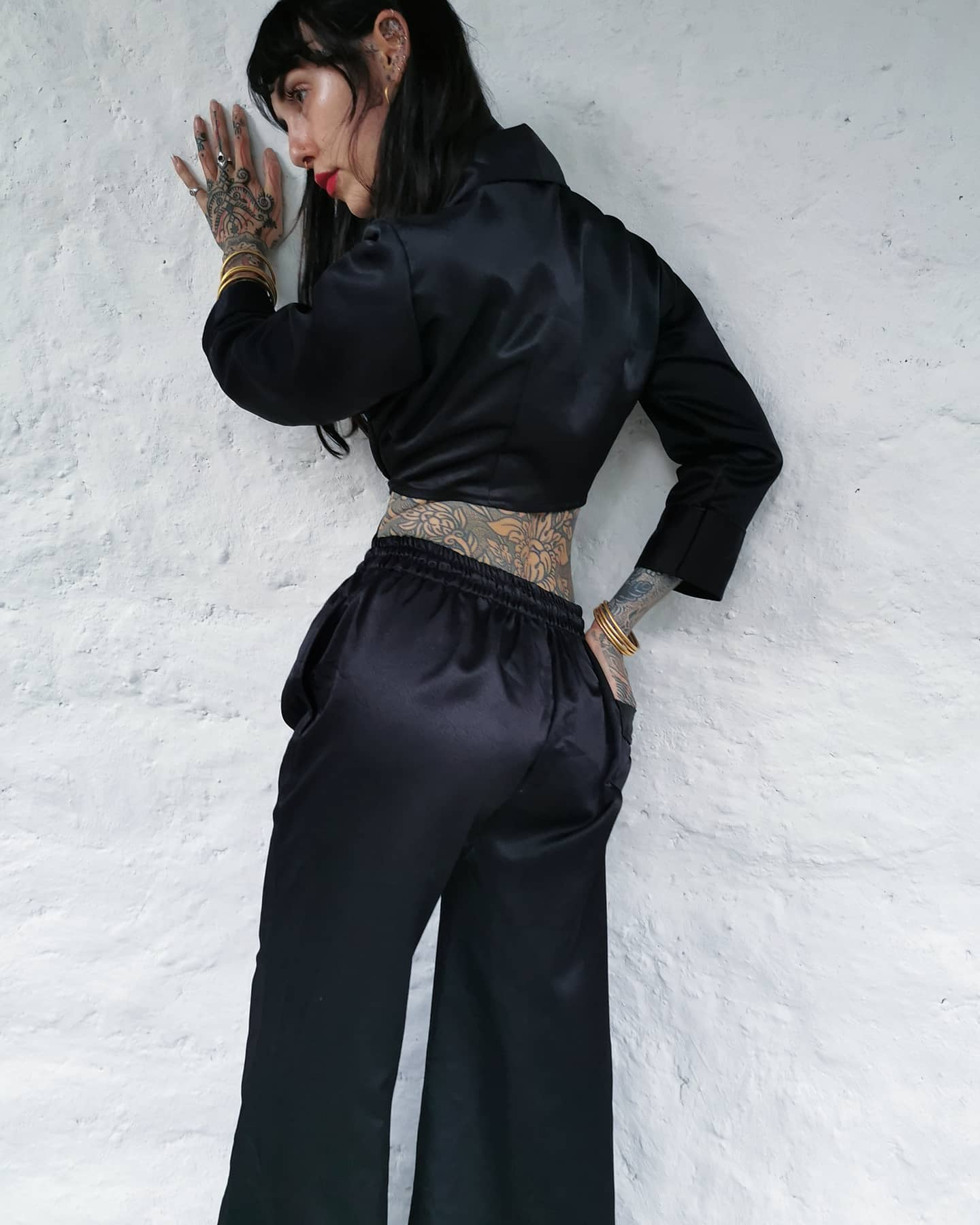 Yin Pants - High Waisted, Flared Leg - BLACK