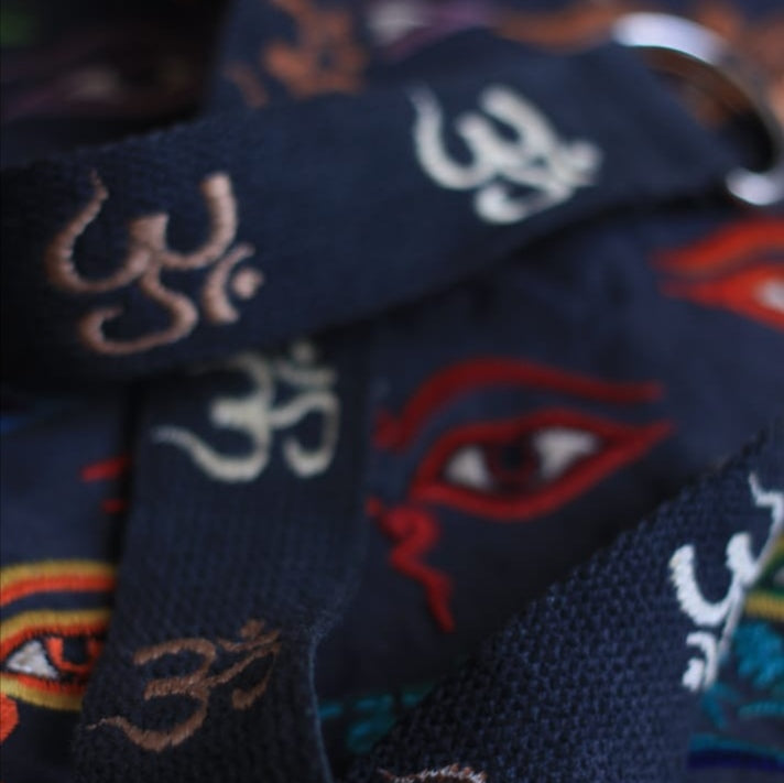 Load image into Gallery viewer, OM - Embroidered Fabric Belt