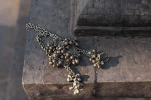 Load image into Gallery viewer, Vintage - Traditional Tibetan Hand Chain
