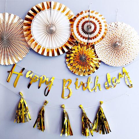 Simple gold party decorations