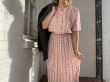 Load image into Gallery viewer, Floral Pastel Pink Pleated Midi Dress