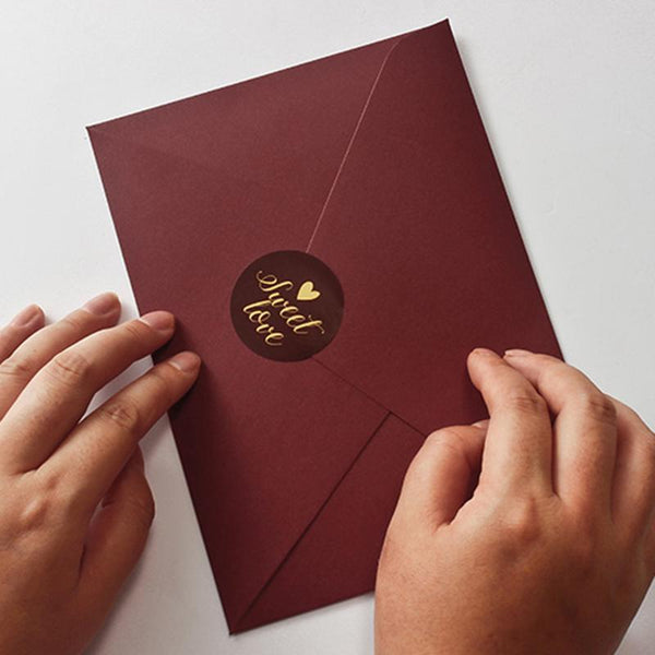 burgundy-and-gold-invitation-cards-floral-wedding-invite