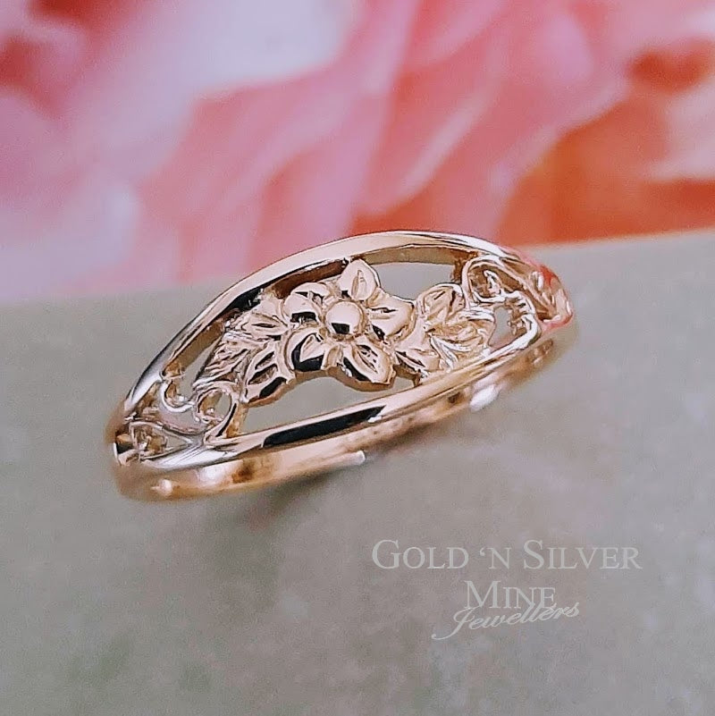 Peter W Beck 9ct Rose Gold Flower Patterned Ring