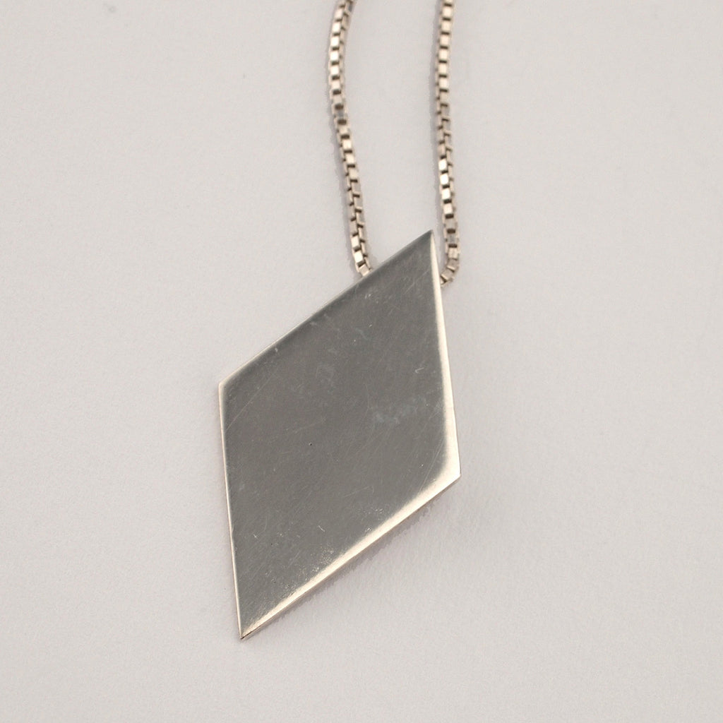 Love Triangle Middle Pendant | Polished Silver