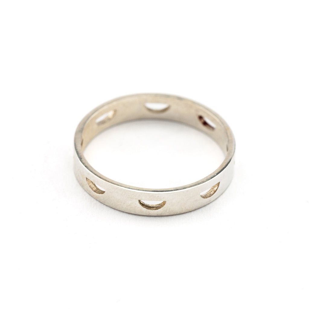 Half Cirle Cut-Out Ring | Silver