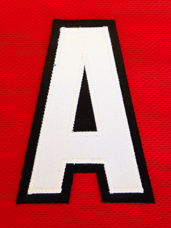 "ALTERNATE ""A"" OFFICIAL PATCH FOR CHICAGO BLACKHAWKS RED JERSEY - Hockey Authentic"