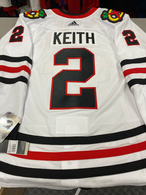 MAKE AN OFFER - DUNCAN KEITH CHICAGO BLACKHAWKS AWAY PRO ADIDAS JERSEY SIZE 56/XXL - Hockey Authentic