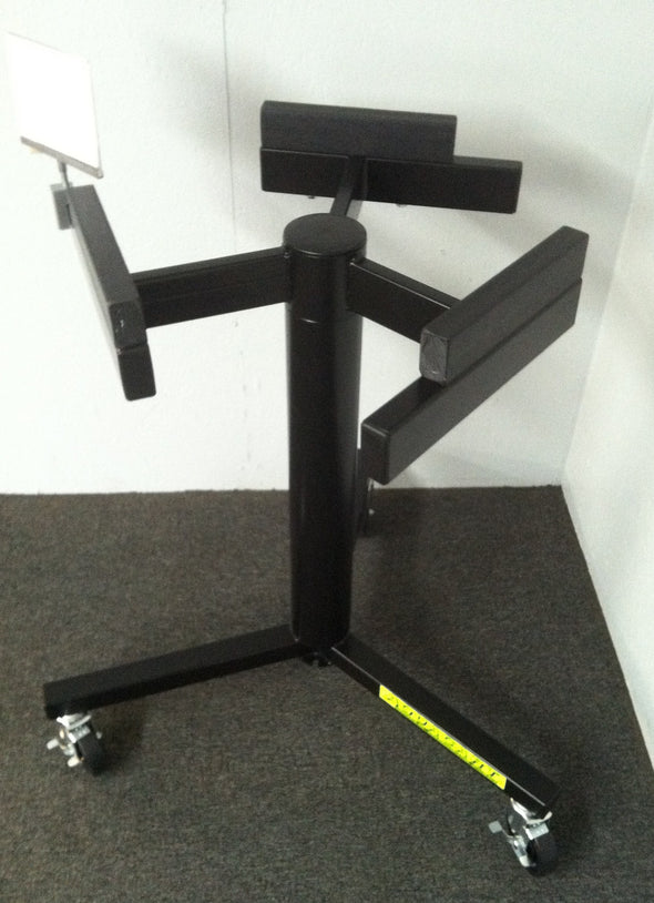 Tri-Pod Outboard Motor Stand