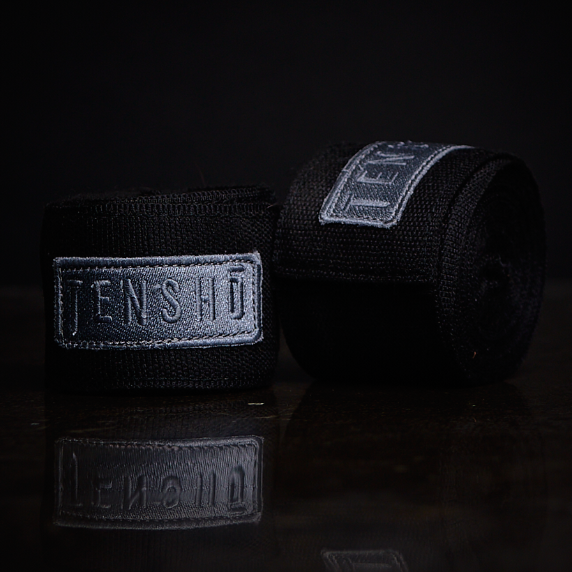 Tensho boxing hand wraps in black