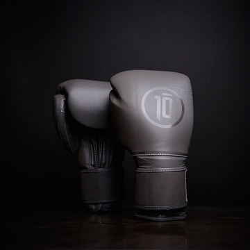 Tensho Origin boxing gloves in grey