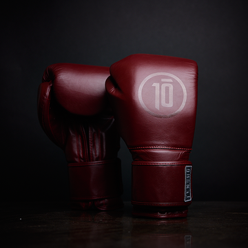 Tensho Origin boxing gloves in oxblood