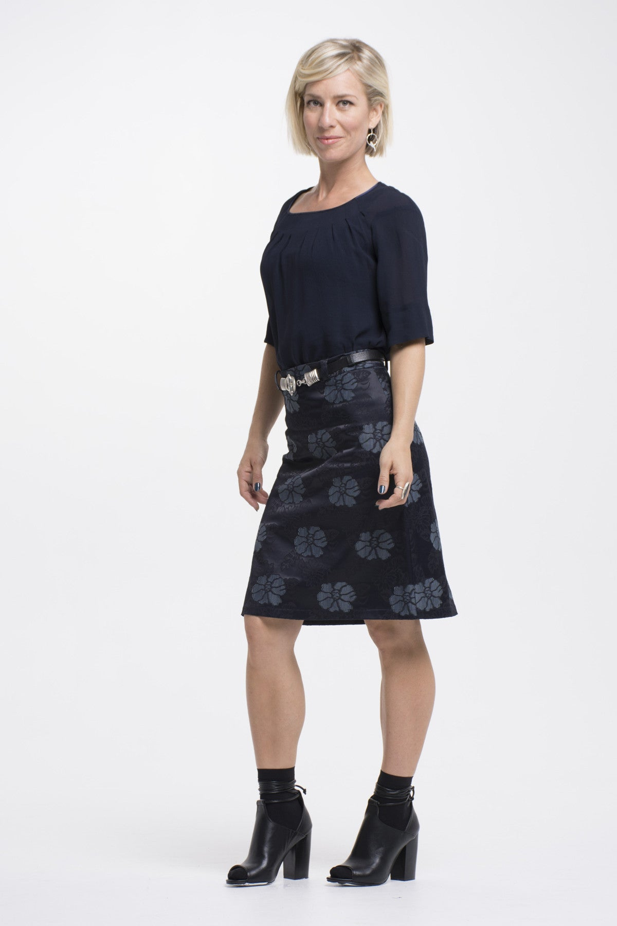 Vesta Macbeth Skirt - Navy