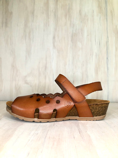 Yokono leather wedge in Nut