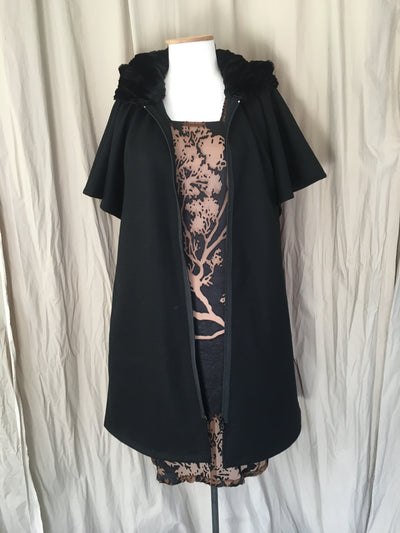 Vesta Fan Coat - Black Wool with Fur Hood
