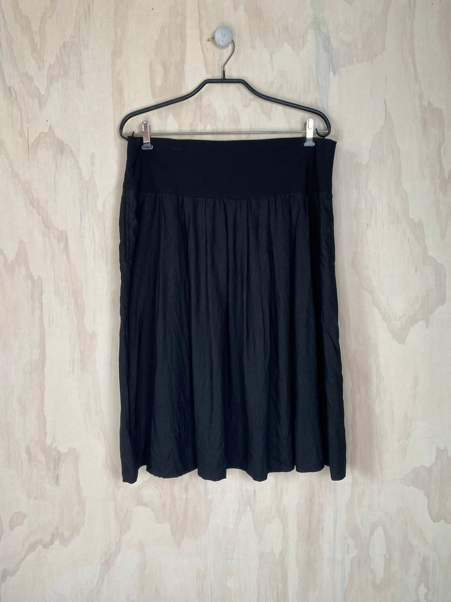 Juna Pleat Skirt - Black