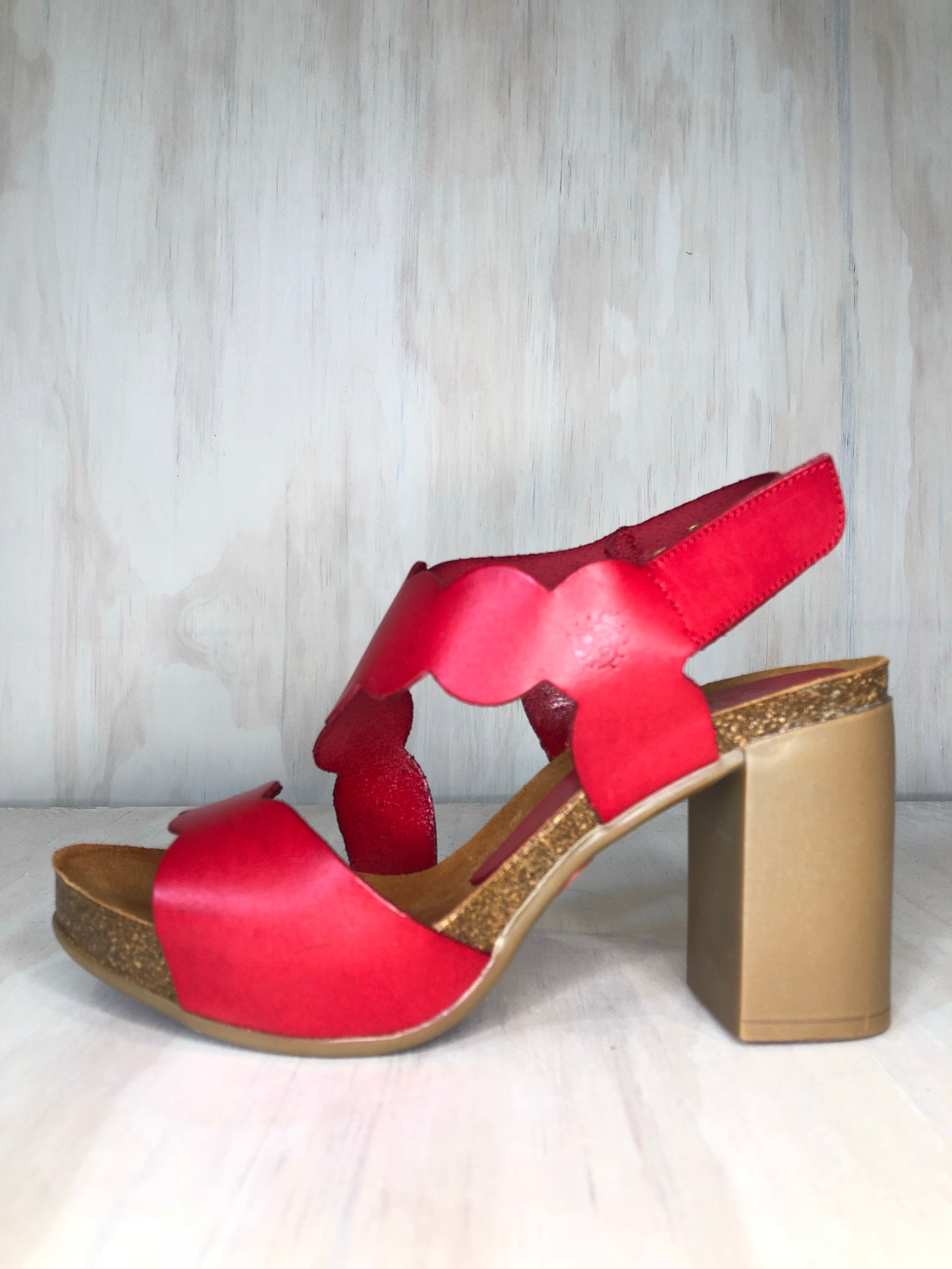 Yokono Red Circle Sandal