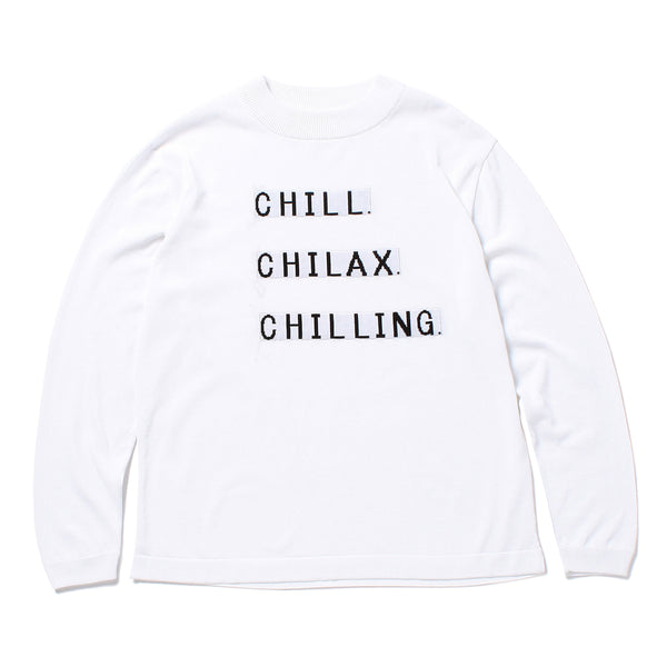 "【受注終了しました】<br>""CHILL"" Lettered Mock Neck Long Sleeve T-Shirt White"