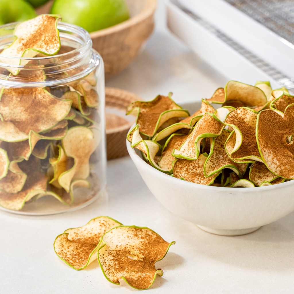 Dehydrated cinnamon apple chips