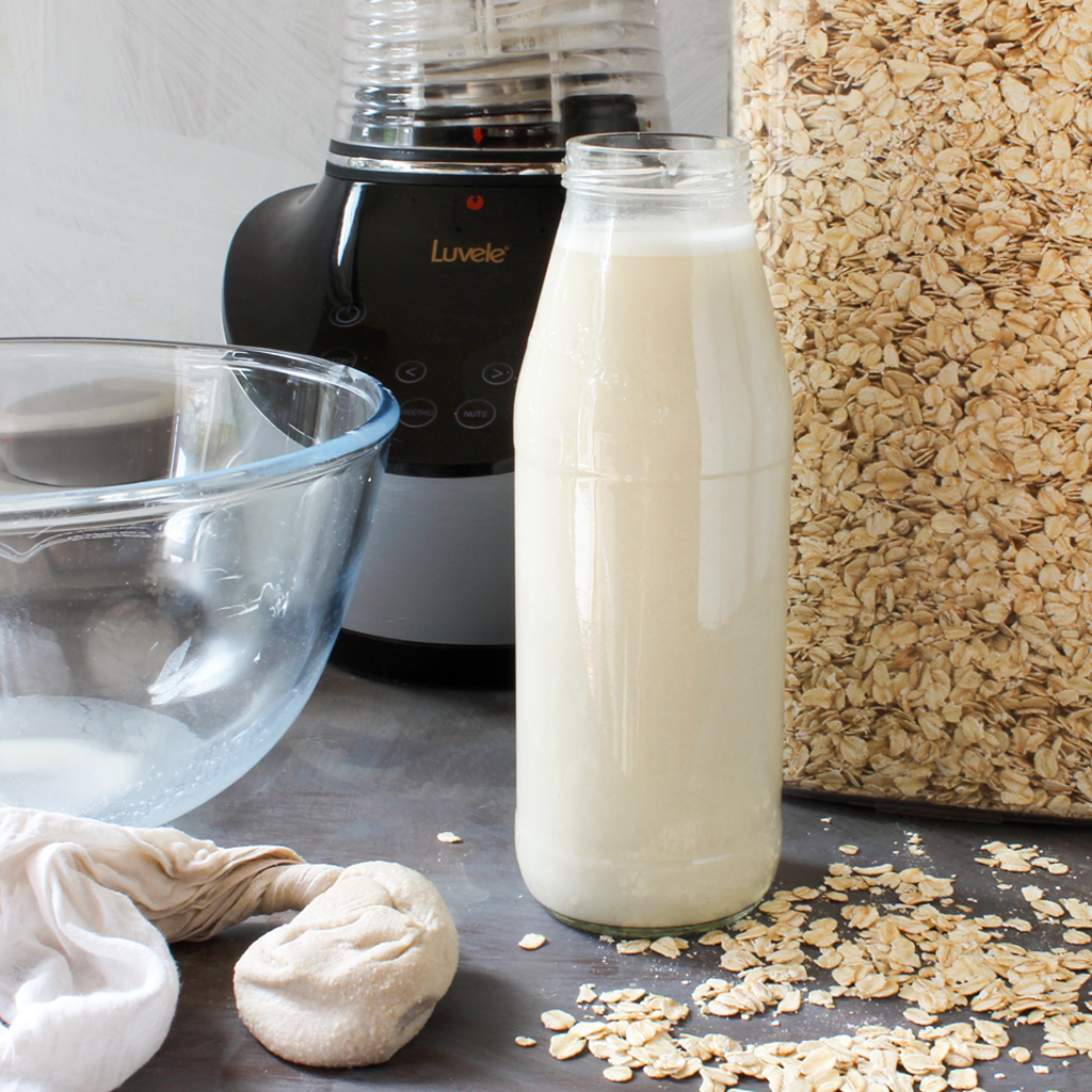 How to make homemade oat milk in minutes