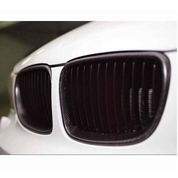 For BMW 1 Series E82 E88 08-13 Carbon Fiber Front Grille Frame Bumper Grill Outline Trim Decoration Emblem