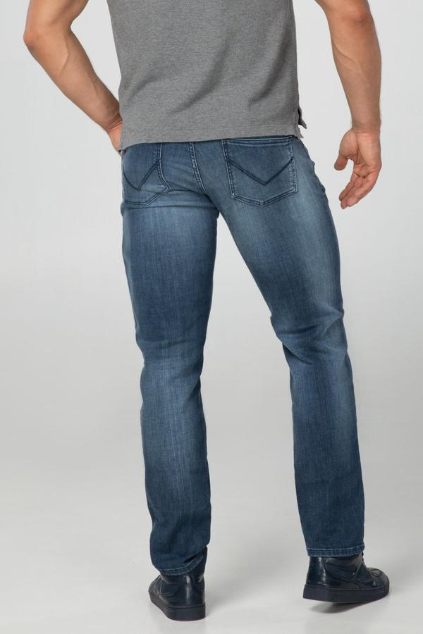 STRAIGHT FIT MEN'S JEANS - 3D