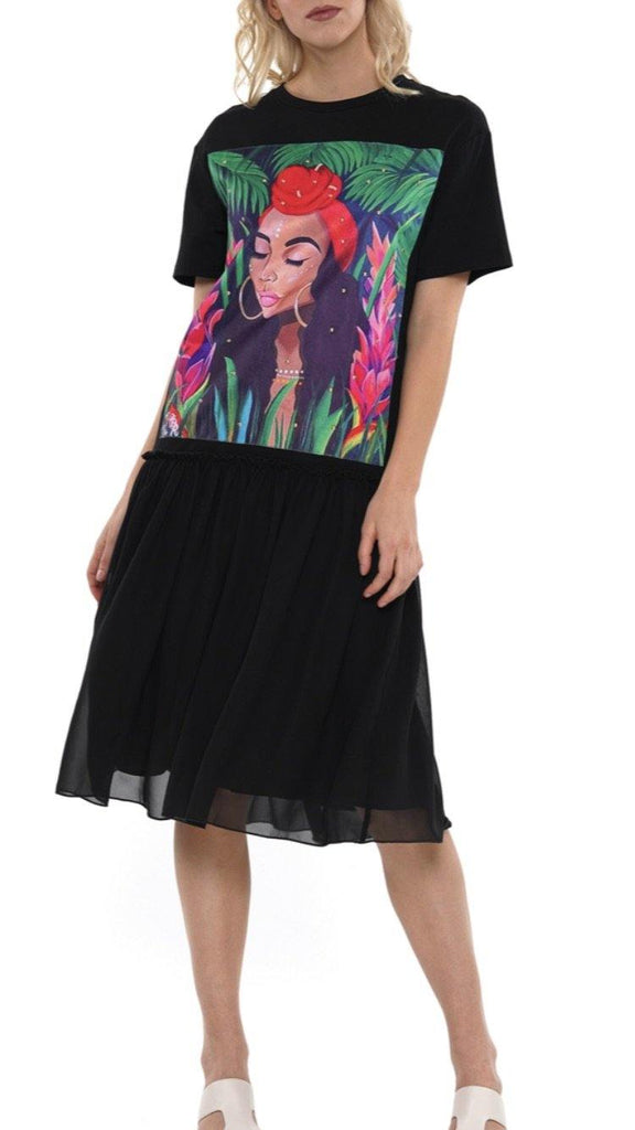 African lady T-shirt dress