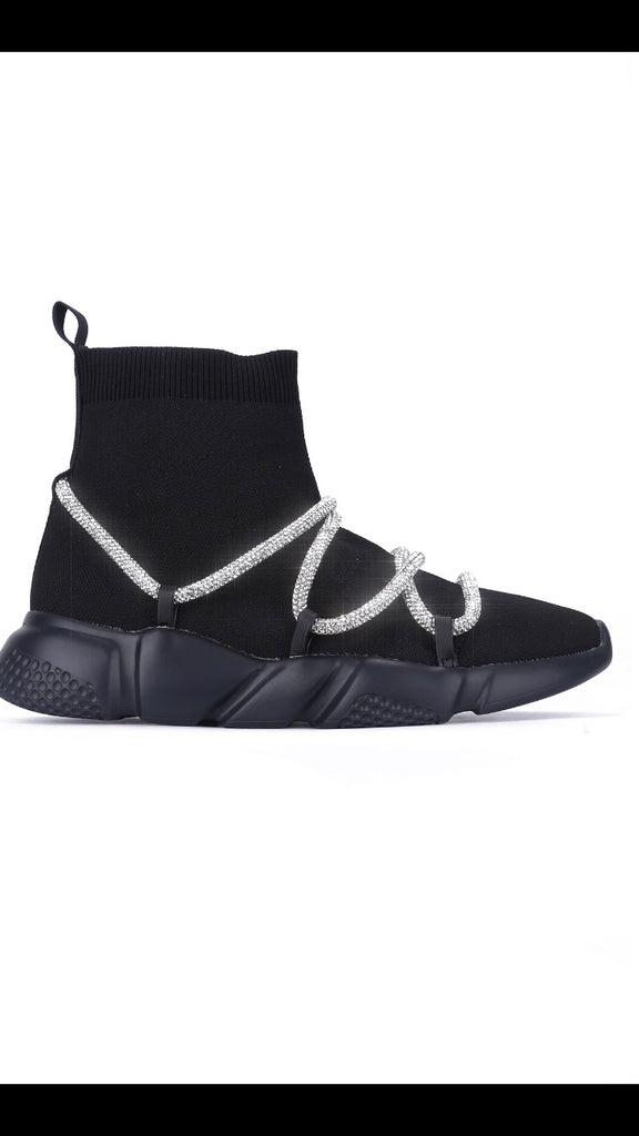 Black Shoe Boot With Stone Rope