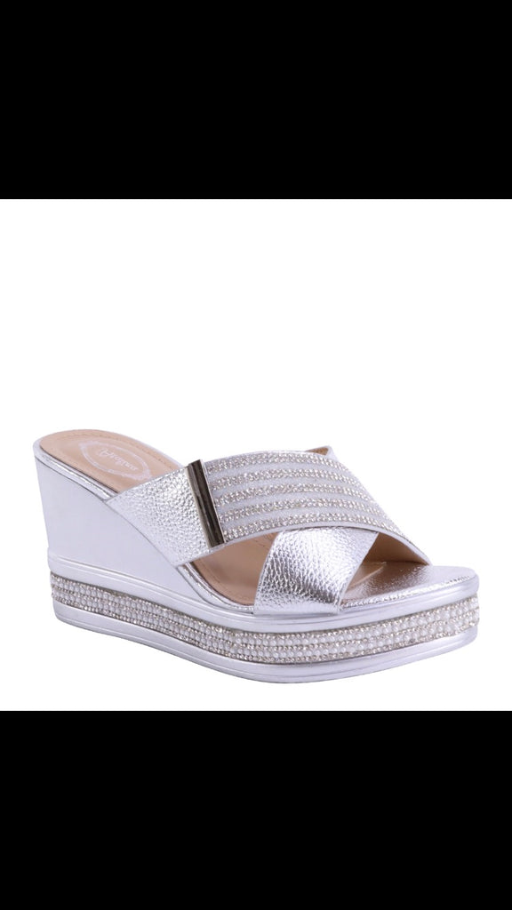 Wedge silver sandal