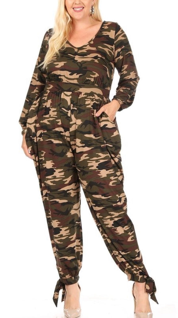 Camouflage jumpsuit with ties on the legs