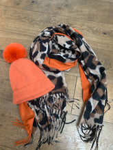 Load image into Gallery viewer, Scarf - Orange Animal