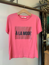 Load image into Gallery viewer, Sofie Schnoor T Shirt - A La Mode Pink