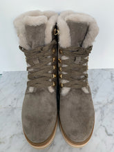 Load image into Gallery viewer, Grey nubuck leather hiking boot with eyelet lace up, fur lining and chunky sole. By Alpe