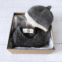 Load image into Gallery viewer, Newborn gift set (grey/cream) hat & vest