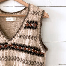 Load image into Gallery viewer, Fair Isle fitted vest MEDIUM/LARGE (beige/brown/rust - HS)