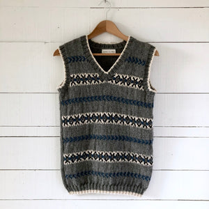 Men's Fair Isle fitted vest (grey/blue - HS)