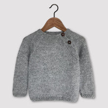 Load image into Gallery viewer, Classic raglan jumper (grey)